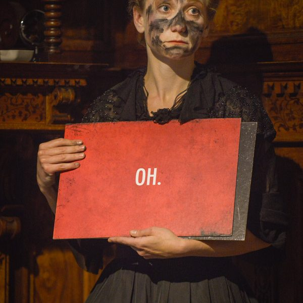 Natalie Hünig in BLACK FACE DIE VILLA Foto Joachim Dette